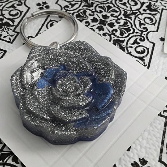 Jewelry - Resin charm/key charms .Purse hand bag char